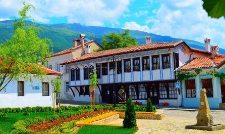 Екскурзия паметници в Стара планина и възрожденски градове