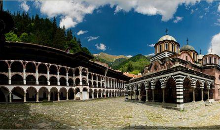▷Екскурзия до Рилски манастир от Варна и Добрич